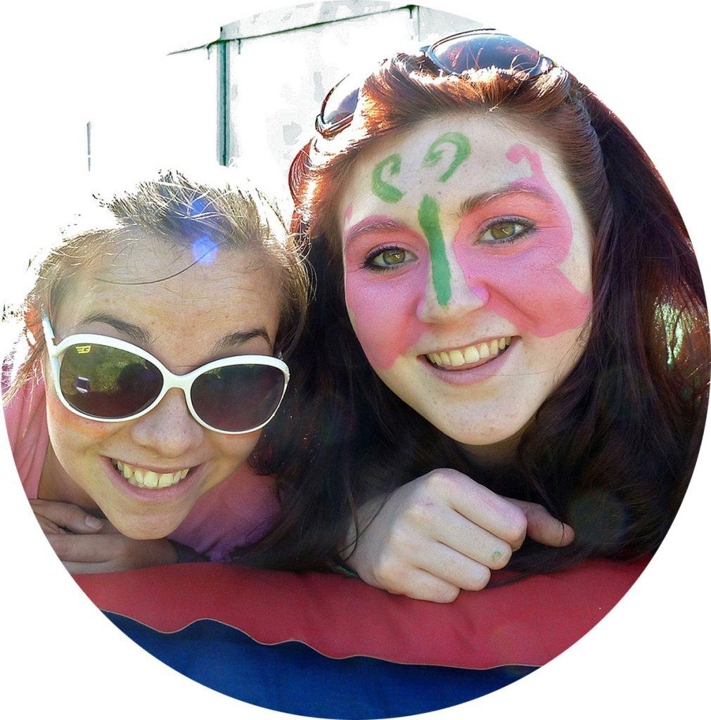 fun-girls-facepaint-circle
